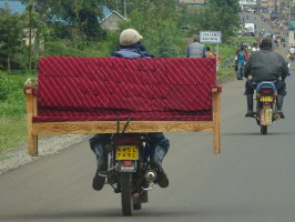 One of the many objects that can be transported by motorbike